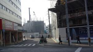 広島駅からCブロックを望む