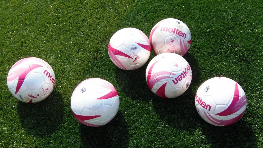 女子用サッカーボール6個