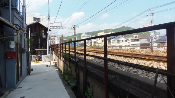 尾道山陽線沿い歩道