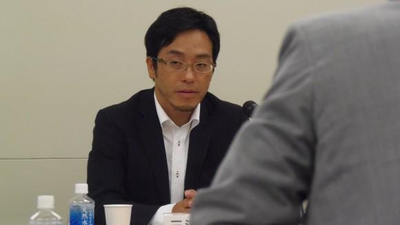 検討委員会、三浦会長