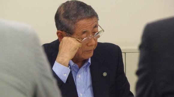 検討委員会、山根副会長