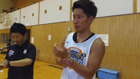 心拍数を計る広島ドラゴンフライズ平尾選手