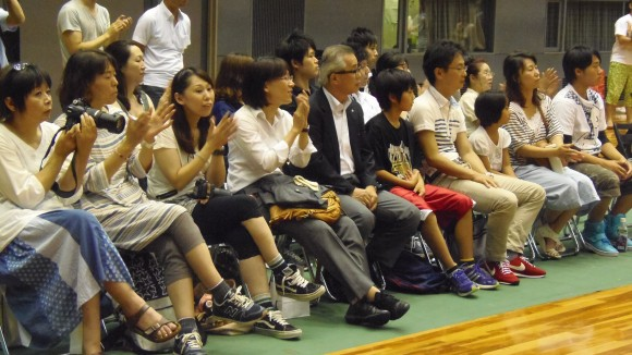 広島ドラゴンフライズ初対外試合の観客
