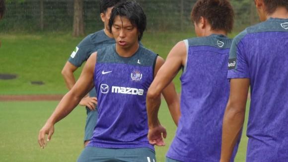 試合復帰へ調整する佐藤寿人