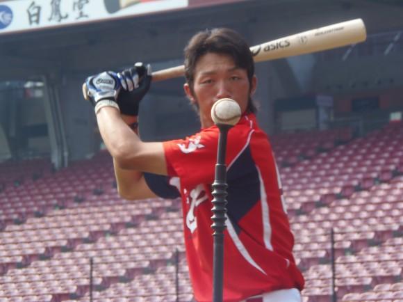 鈴木誠也、ルーキーイヤーにマツダスタジアムで