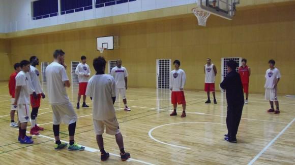 練習中の広島ドラゴンフライズ2014年11月宇品都市大学