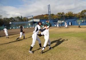ツネイシ野球教室投球指導