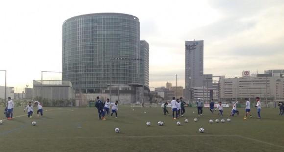 福山大学サッカー部横浜で練習