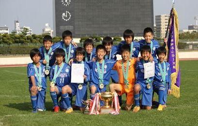 広島市小学生サッカー大会優勝のシーガルFC2014年11月