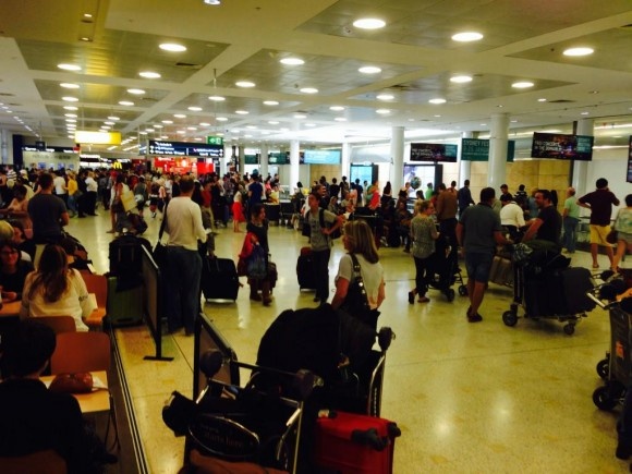 シドニー国際空港2015年1月3日