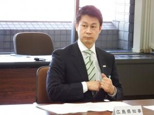 4者会談の湯崎知事