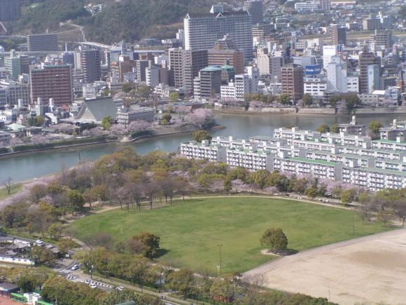 中央公園 旧広島市民球場跡地
