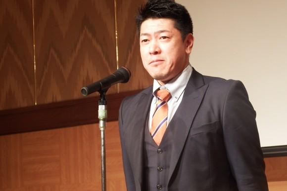 佐古賢一ヘッドコーチ