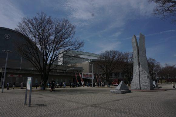 今回の会場となった松本市総合体育館